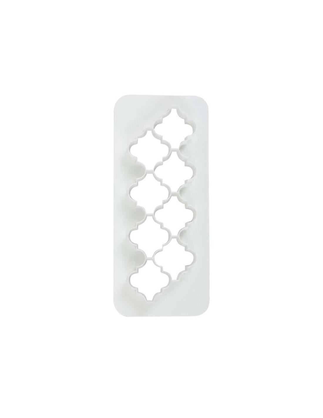/g/e/geometric-multicutter-morrocan-lantern-medium.jpg