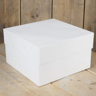witte taartdoos van 25 x 25 cm