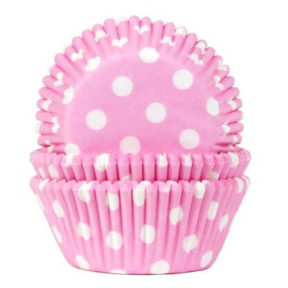 roze baking cups met witte stippen